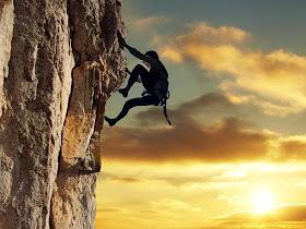 No dejemos de escalar.